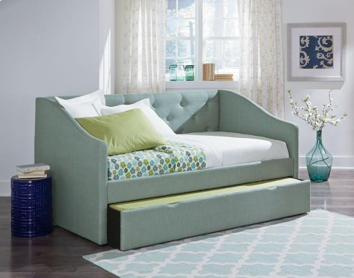 Greu Trundle Daybed, 3/3