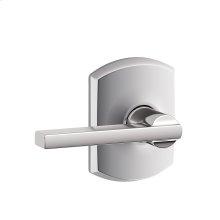 Latitude lever with Greenwich trim Hall & Closet lock - Bright Chrome