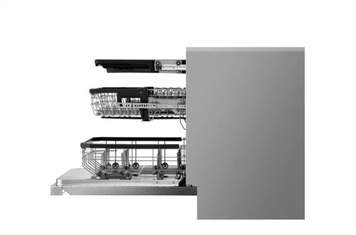 LG SIGNATURE Top Control Smart wi-fi Enabled Dishwasher with QuadWash