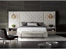 Brando Bed with Panels (Queen)