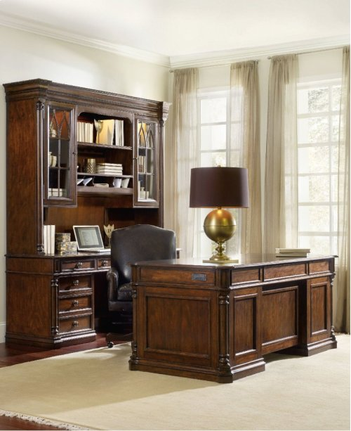 Leesburg Executive Desk