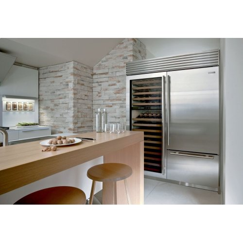 """36"""" Classic Over-and-Under Refrigerator/Freezer with Internal Dispenser"""