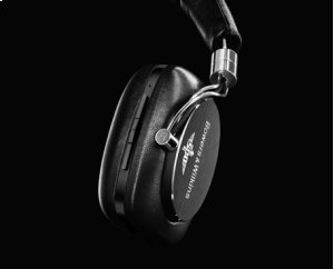 Limited Edition P5 Wireless