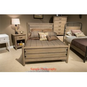 CLEARANCE ITEM--Full Poster Bed