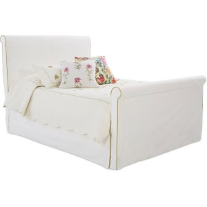 KLAUSSNERUpholstered Bed