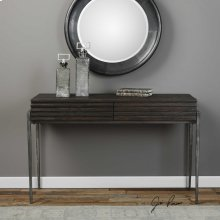 Morrigan, Console Table