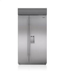 """42"""" Classic Side-by-Side Refrigerator/Freezer with Dispenser"""