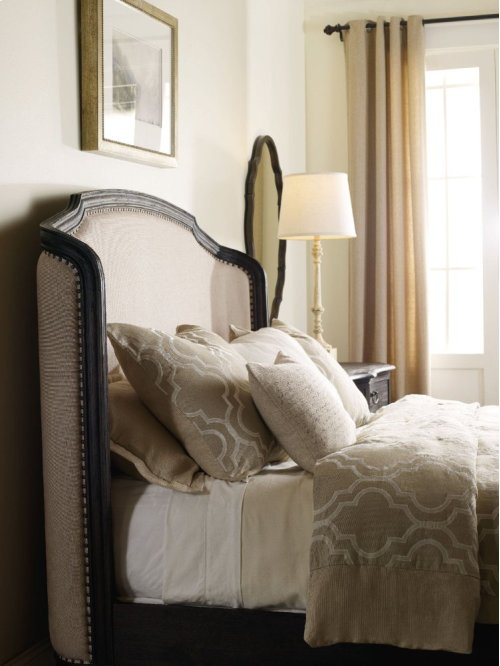 Corsica Dark King Shelter Bed