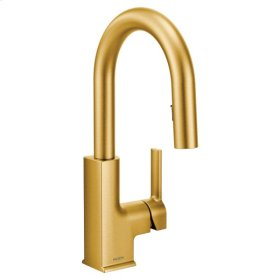 STo brushed gold one-handle pulldown kitchen faucet