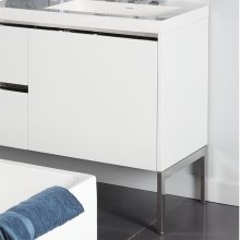 A set of optional metal frame legs for Kubista vanities.