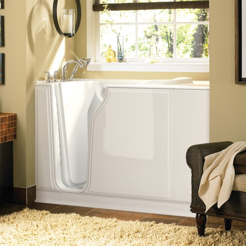 3052509SLW in White by American Standard in Painesville, OH ...