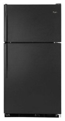 18 cu. ft. Top-freezer refrigerator with humidity-controlled crispers