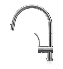 Vela PD : similar to the Vela D, but with a wider spout and curved handle that give it a unique appeal and make it ideal for larger sinks.