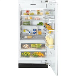 MieleK 1903 SF MasterCool refrigerator with high-quality features and maximum storage space for fresh food.
