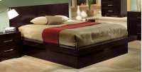 E King Bed Product Image