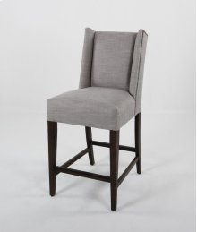 "24"" barstools have a seat height of 26"" when measured."