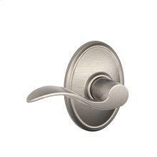 Accent Lever with Wakefield trim Hall & Closet Lock - Satin Nickel