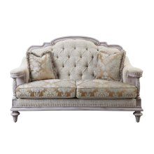 Love Seat, 2 Pillows