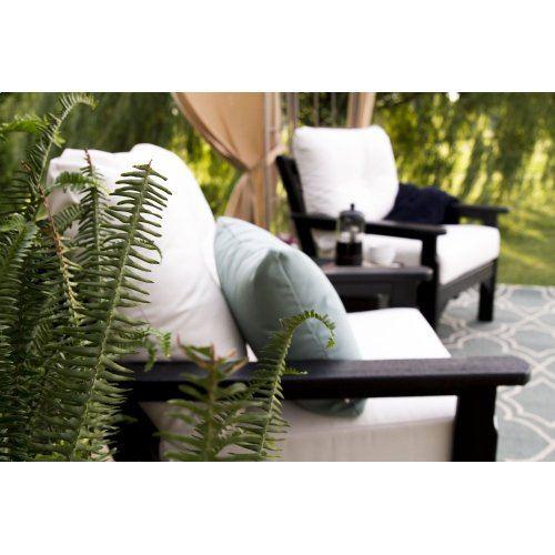 White & Cast Ash Vineyard Deep Seating Chair