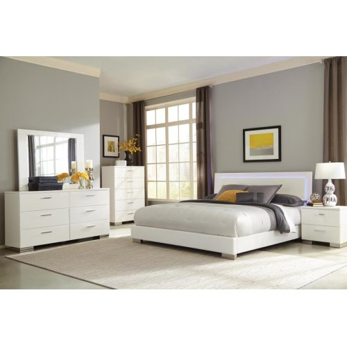 Felicity Contemporary White and High Gloss Queen Four-piece Set