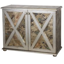 Reversed Antique Mirror Crosshatch 2-door Cabinet With One Interior Shelf and Champagne Silver Leaf Detailing.