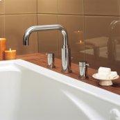 Serin Deck-Mount Bathtub Faucet - Polished Chrome