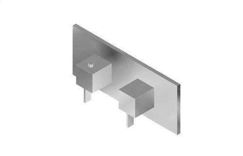 Qubic M-Series Valve Horizontal Trim with Two Handles