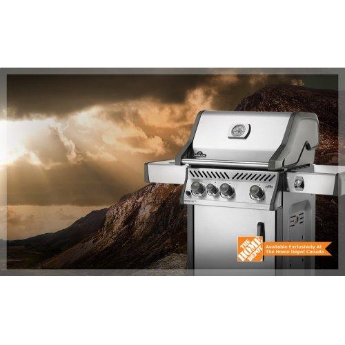 Rogue® SE 425 with Range Side Burner
