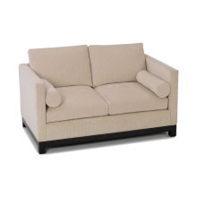 Oscar Loveseat