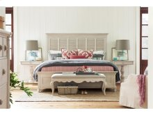 Bungalow Queen Bed