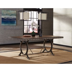 Hillsdale FurniturePaddock Rectangle Dining Table