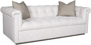 Nottingham Mid Sofa 9047-MS