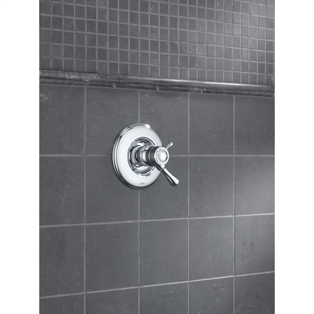 Additional Brilliance® Stainless TempAssure® 17T Series Valve Trim Only