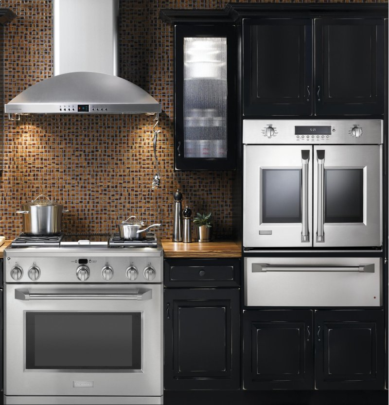 Monogram 36 Dual Fuel Professional Range With 4 Burners And Griddle Natural Gas