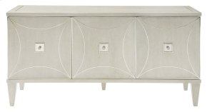 Criteria Entertainment Console in Criteria Heather Gray (363)