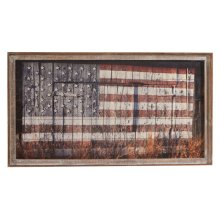 Framed Slat American Flag on Barn Wall Decor.