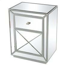 Multi-faceted Accent Table
