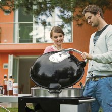 PRO Charcoal Kettle Grill with Cart