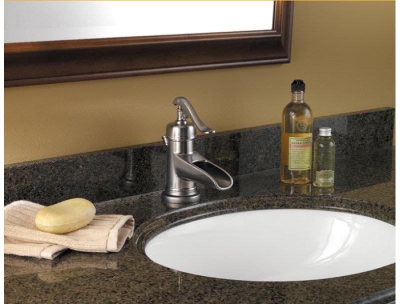 Brushed Nickel Ashfield Single Control Centerset Bath Faucet