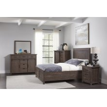 Madison County 5 PC King Panel Bedroom: Bed, Dresser, Mirror, Nightstand, Chest - Barnwood