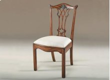 CARVED AGED REGENCY FINISHED M AHOGANY CHIPPENDALE STRAIGHT L EG SIDE CHAIR, CARAMEL FABRIC