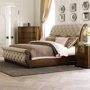 LIBERTY FURNITURE INDUSTRIESKing Sleigh Bed