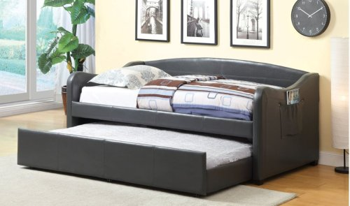 Delta Daybed