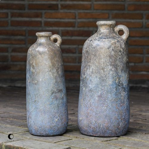 Ragini Vases, S/2
