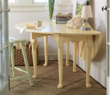Hamptons Oval Dining Table