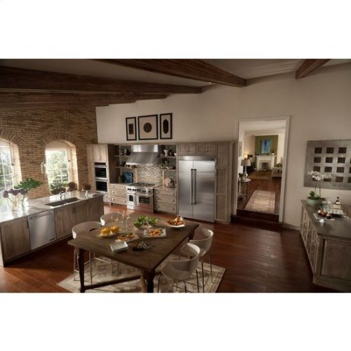 """Pro-Style® Dual-Fuel Range with Griddle and MultiMode® Convection, 48"""""""