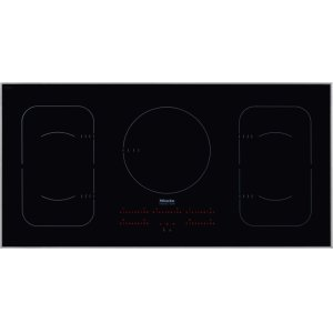 MieleInduction Cooktop in maximum width for the best possible cooking and user convenience.