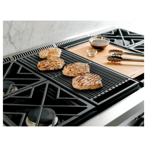 Monogram 48 Dual Fuel Professional Range With 4 Burners Grill And Griddle