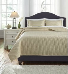 King Quilt Set Product Image