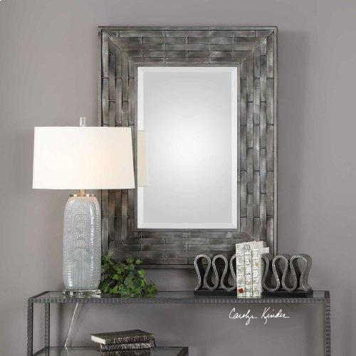 Pantano Mirror